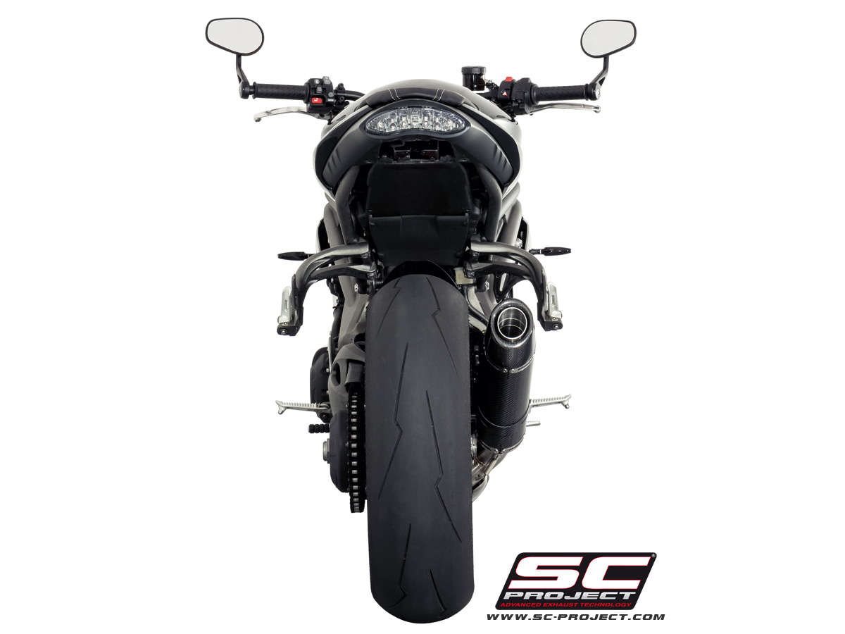 Slip-on Oval Carbon Triumph Speed Triple 1050 S / R 2016 - 2017